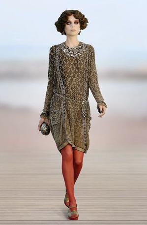 Chanel medias rojas